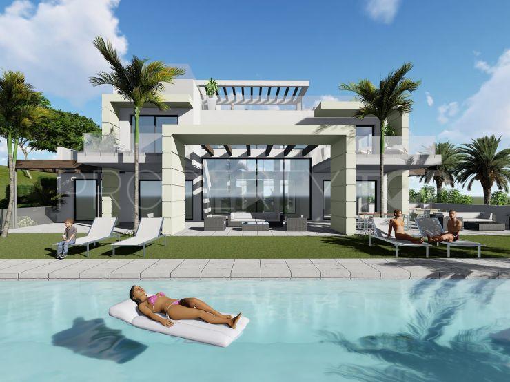 Buy plot in Benahavis | Lucía Pou Properties