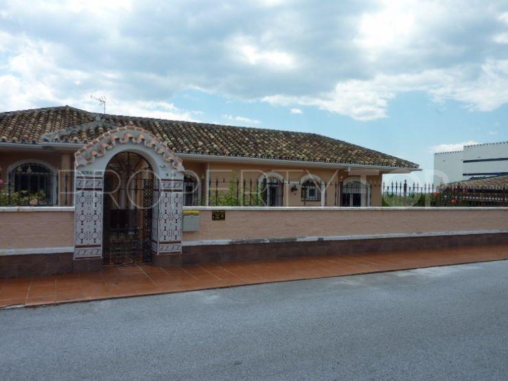 El Chaparral villa with 4 bedrooms | Elite Properties Spain