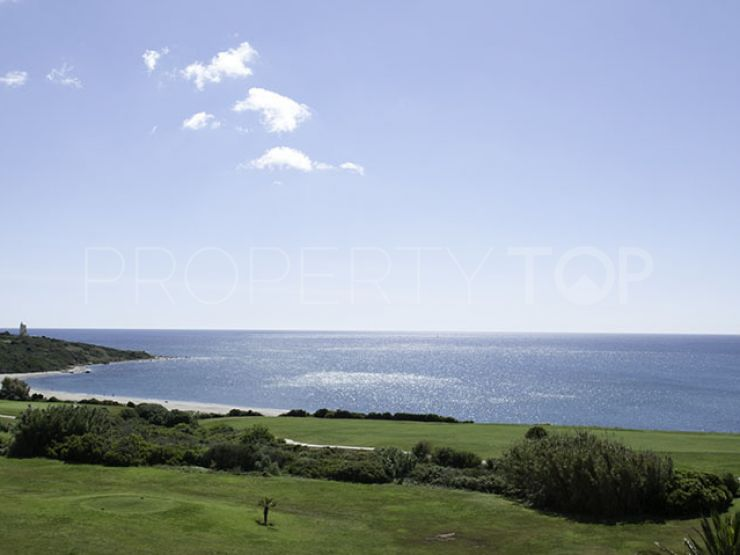 For sale penthouse in Alcaidesa Costa with 3 bedrooms   Quartiers Estates