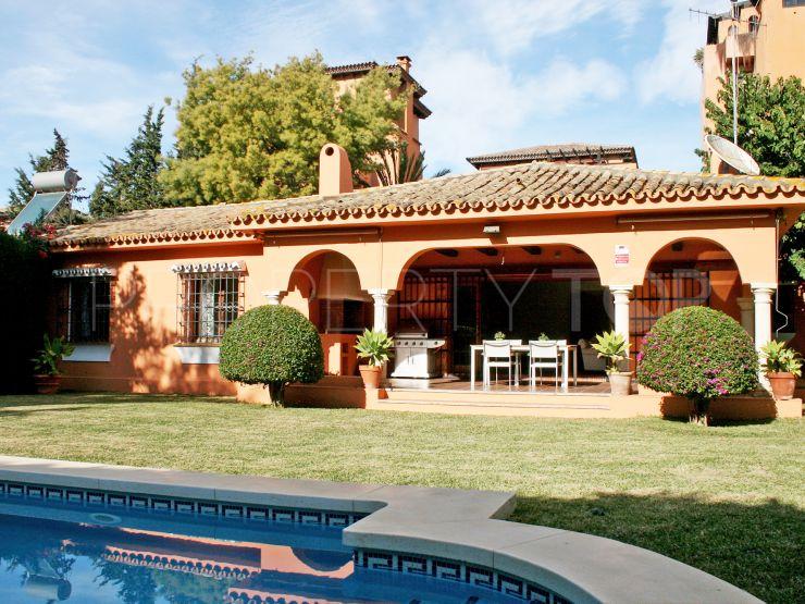 3 bedrooms chalet in El Paraiso, Estepona | Cleox Inversiones