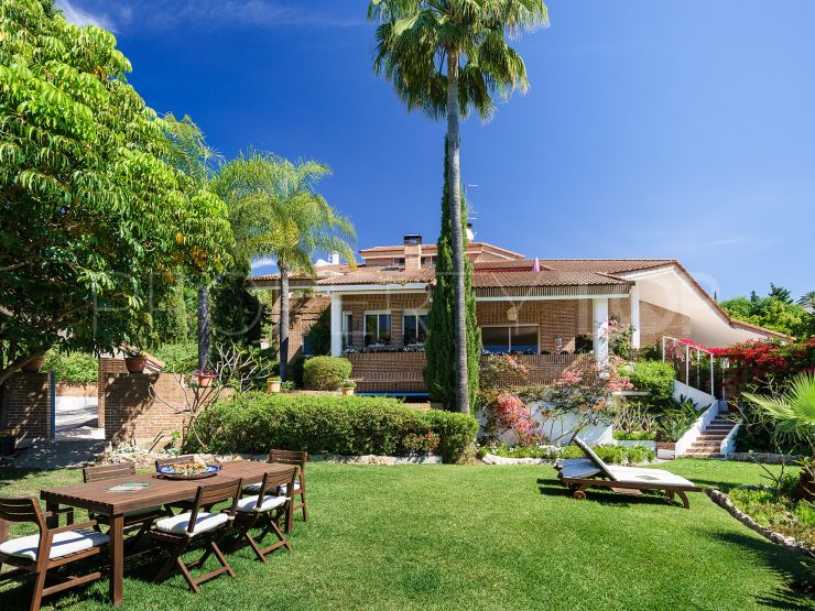 For sale chalet with 7 bedrooms in Paraiso Alto, Benahavis | Cleox Inversiones