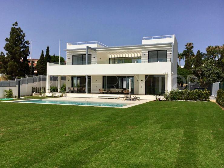 For sale villa with 6 bedrooms in Marbella Golden Mile | Cleox Inversiones