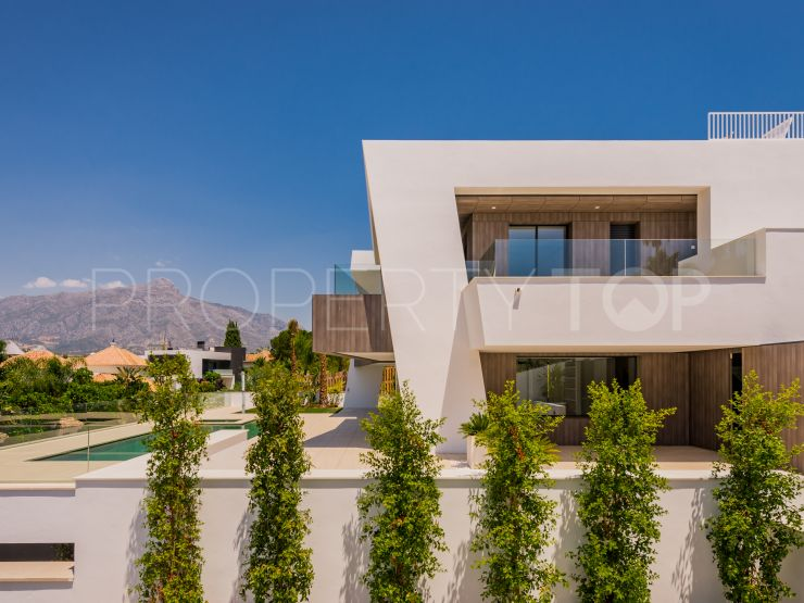 For sale Nueva Andalucia 5 bedrooms villa | Cleox Inversiones