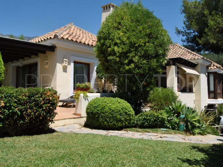 Villa for sale in Altos Reales with 4 bedrooms | Real Estate Ivar Dahl