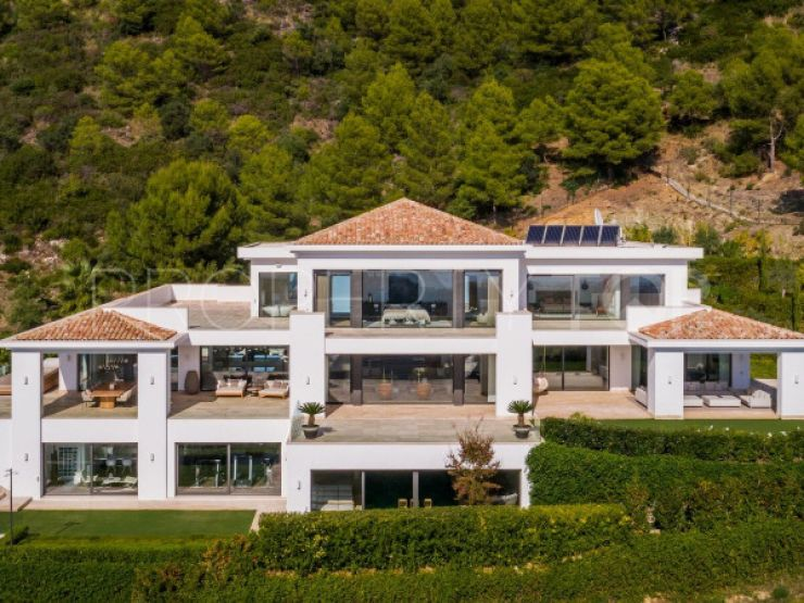 Villa with 9 bedrooms for sale in Cascada de Camojan, Marbella Golden Mile | Key Real Estate