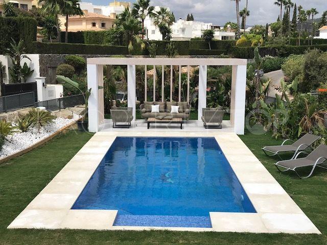 Villa in Aloha, Nueva Andalucia | Key Real Estate