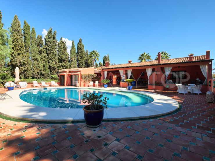 Villa with 12 bedrooms for sale in Marbella Golden Mile | Value Added Property