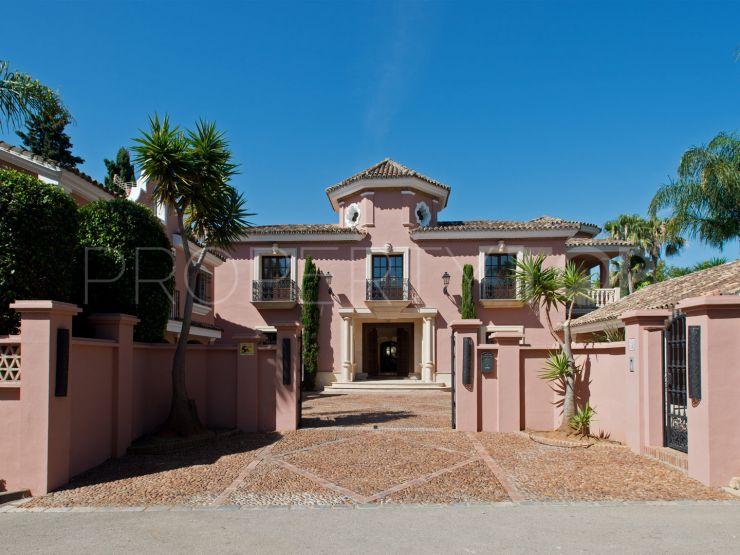 For sale villa in San Pedro de Alcantara | Inmobiliaria Saroesma