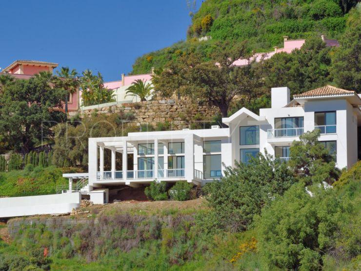 Monte Mayor villa with 6 bedrooms | Luxury Villa Sales