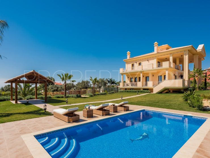 Villa for sale in Altos de Puente Romano, Marbella Golden Mile | Luxury Villa Sales