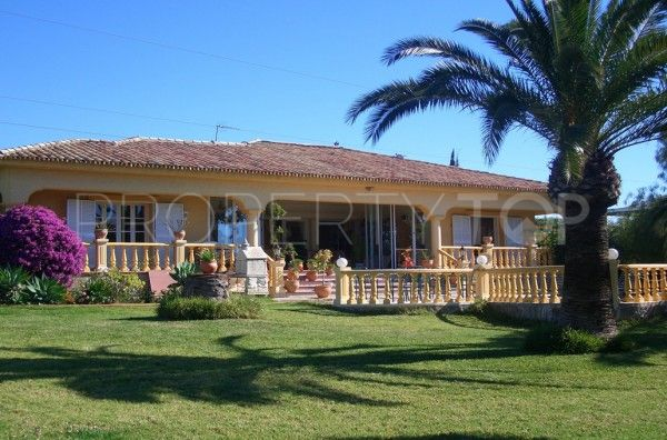 Bungalow for sale in Paraiso Medio with 4 bedrooms | Inmobiliaria Luz