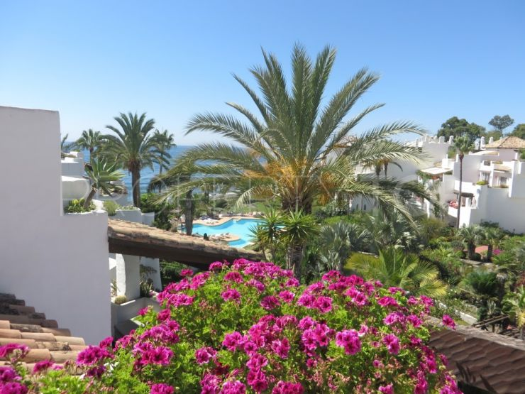For sale Marbella - Puerto Banus penthouse with 3 bedrooms | Inmobiliaria Luz