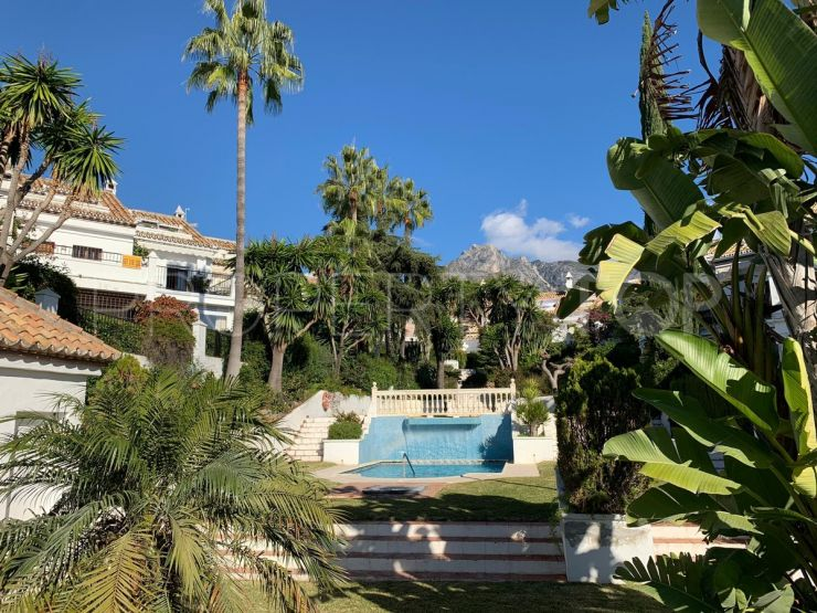 For sale town house with 4 bedrooms in Marbella | Marbella Banús