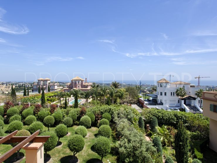 Duplex penthouse in Los Flamingos Golf, Benahavis | Terra Meridiana