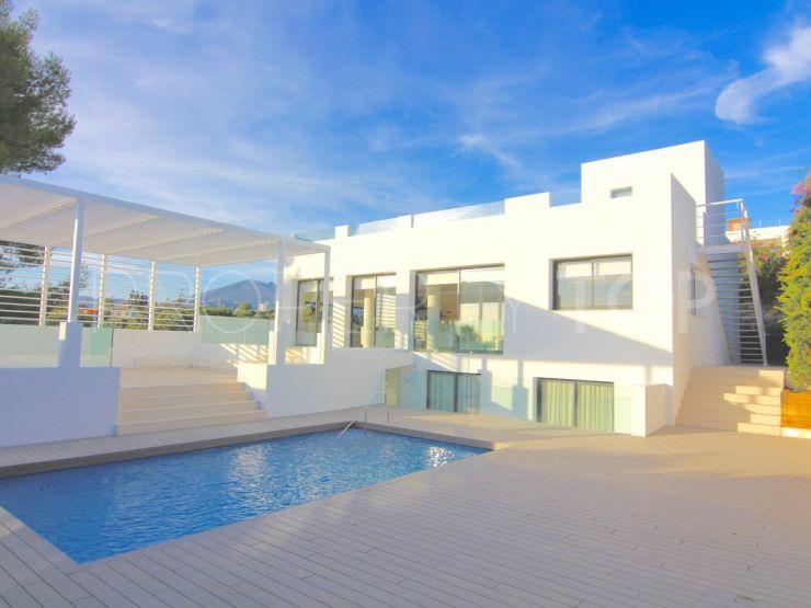 For sale villa with 4 bedrooms in Zona Casino, Nueva Andalucia   Marbella Platinum