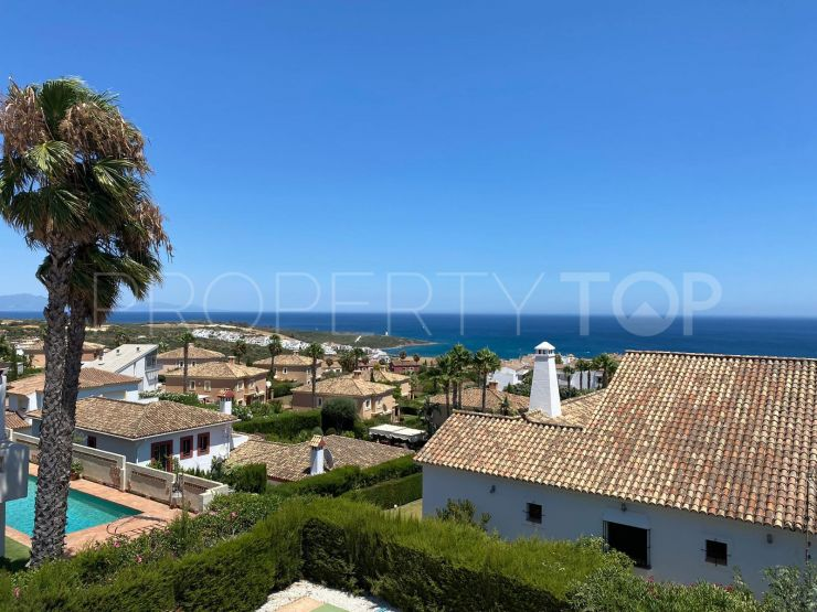 Villa for sale in Alcaidesa Alta with 4 bedrooms | Selection Med