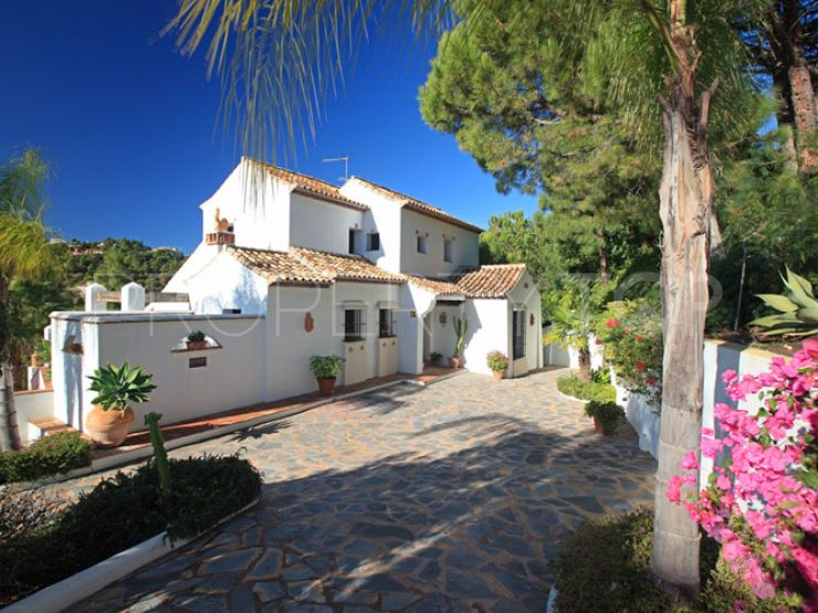 For sale El Madroñal 4 bedrooms villa | Celine Property Group