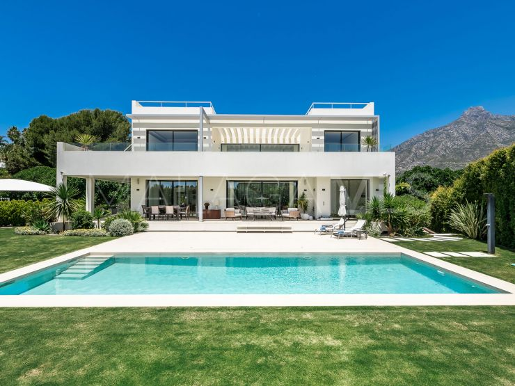 6 bedrooms villa in Marbella Golden Mile for sale | Engel Völkers Marbella