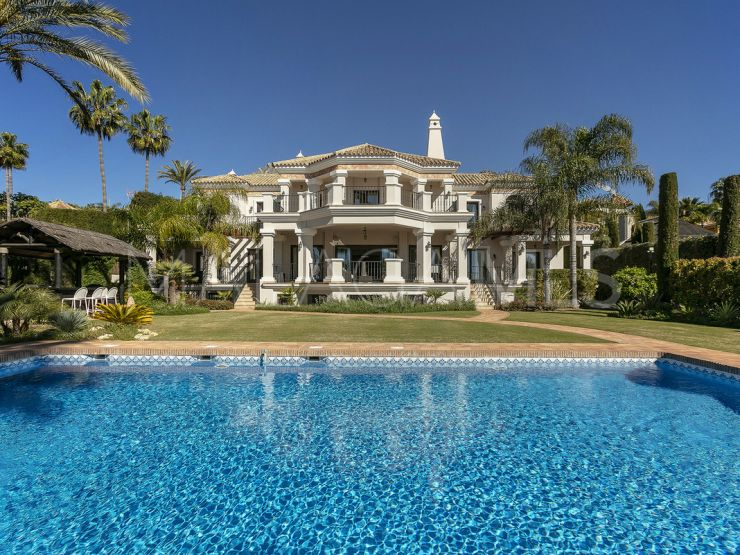 6 bedrooms villa in Beach Side Golden Mile for sale | Engel Völkers Marbella
