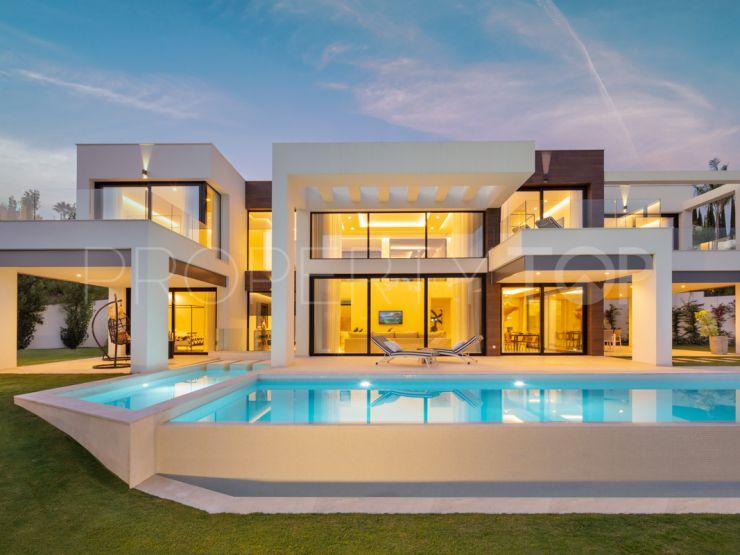 Buy La Cerquilla villa with 5 bedrooms   Terra Meridiana