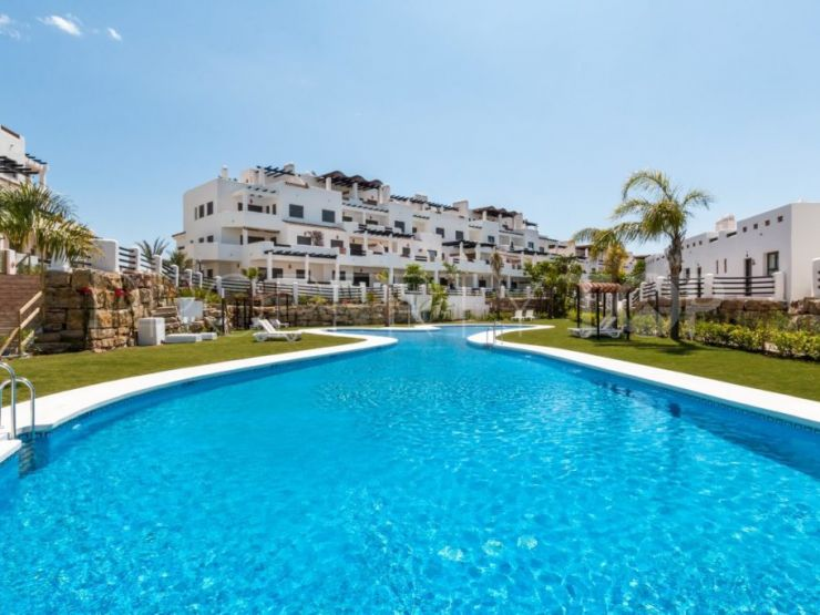 Apartment in Estepona with 2 bedrooms | Crownleaf Estates
