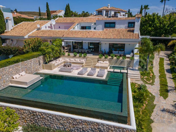For sale 5 bedrooms semi detached villa in Paraiso Alto, Benahavis | Pure Living Properties
