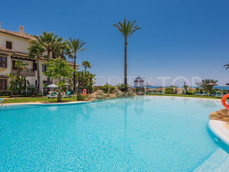 For sale apartment in Los Monteros Playa with 3 bedrooms | DM Properties