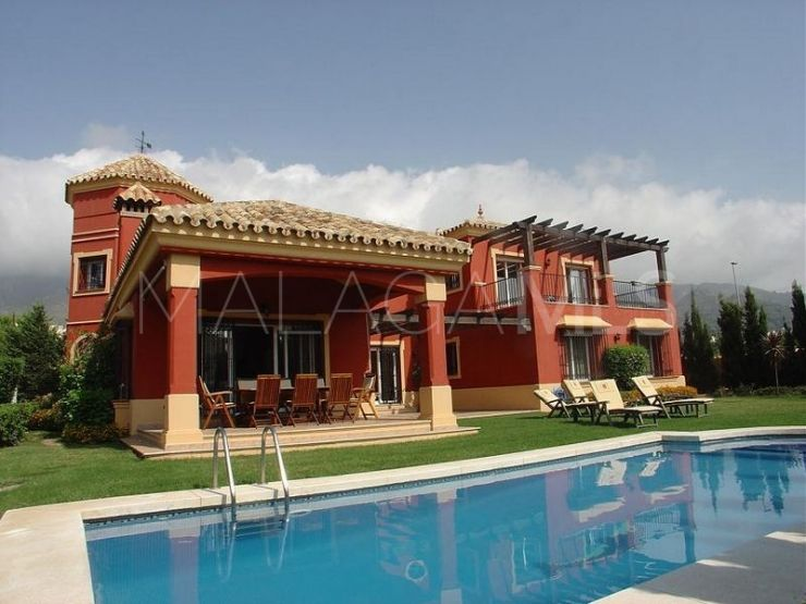 Villa for sale in Marbella with 3 bedrooms | Nevado Realty Marbella