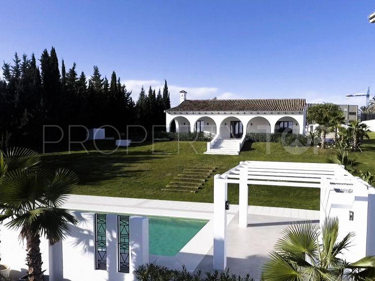 5 bedrooms villa for sale in Cancelada, Estepona | Amrein Fischer