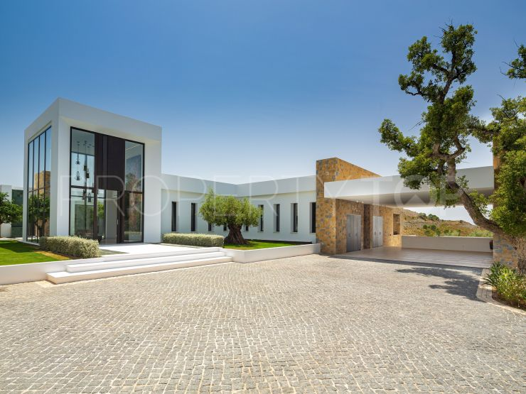 Villa in Marbella Club Golf Resort, Benahavis   Drumelia Real Estates