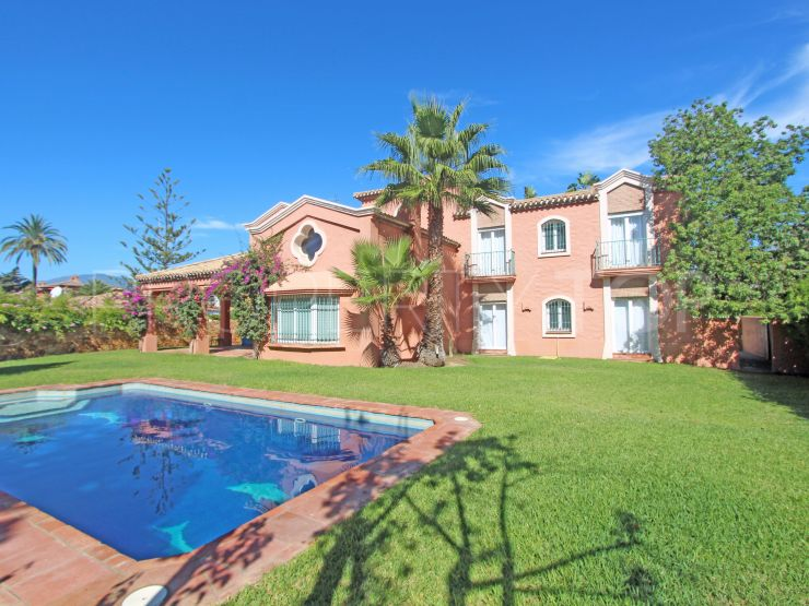 For sale villa with 6 bedrooms in Paraiso Barronal | Lamar Properties