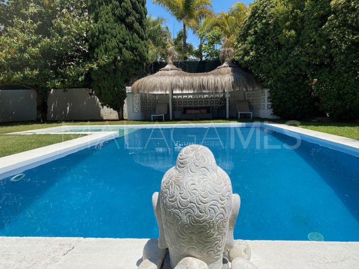 For sale Los Monteros Playa villa with 4 bedrooms | Marbella Unique Properties