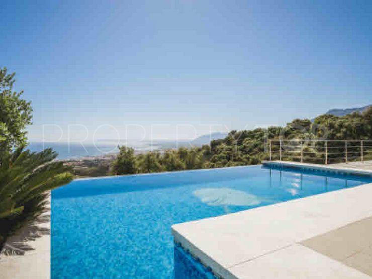 For sale villa in Los Altos de los Monteros with 4 bedrooms   Inmobiliaria Luz