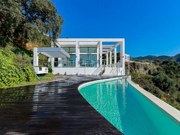 Buy villa with 6 bedrooms in Monte Mayor, Benahavis | Inmobiliaria Luz