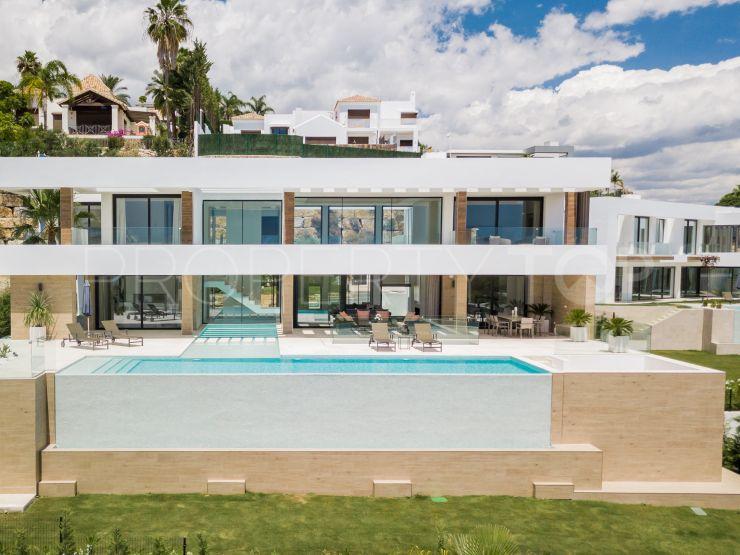 For sale villa in Capanes Sur with 5 bedrooms | Benarroch Real Estate