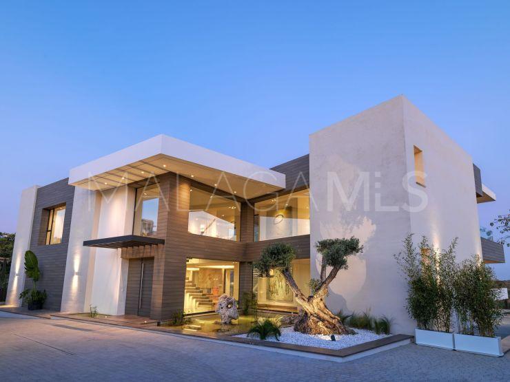 Comprar villa en Los Flamingos con 5 dormitorios | SMF Real Estate