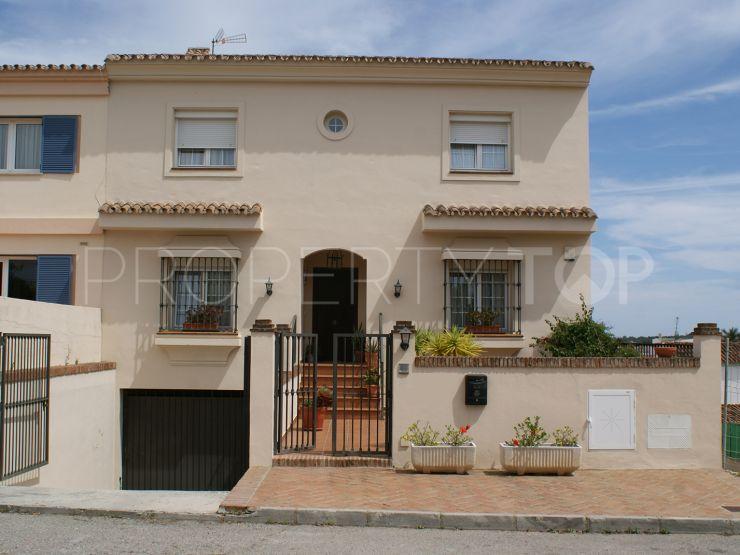 5 bedrooms town house in Pueblo Nuevo de Guadiaro | Holmes Property Sales
