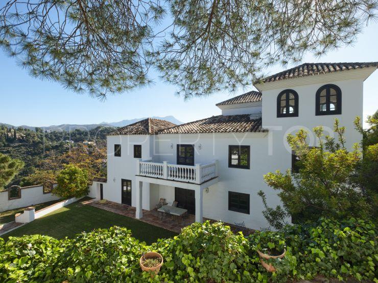 Buy villa in El Madroñal, Benahavis   Callum Swan Realty