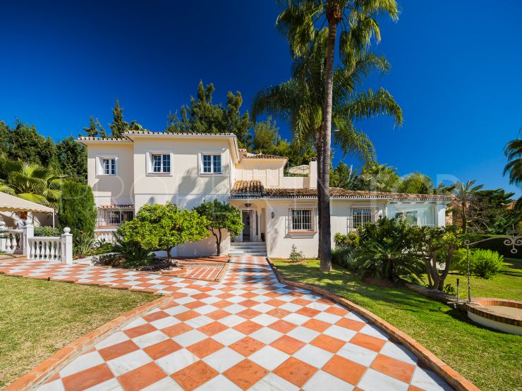 Buy villa in Nagüeles with 4 bedrooms | Panorama