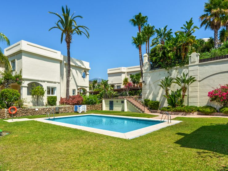 Buy La Quinta Hills town house with 3 bedrooms | Von Poll Real Estate