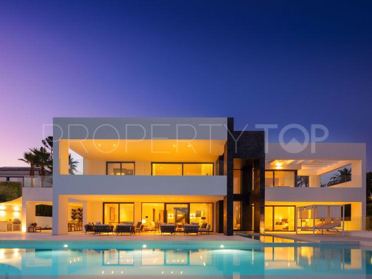 5 bedrooms Nueva Andalucia villa for sale | Cleox Inversiones