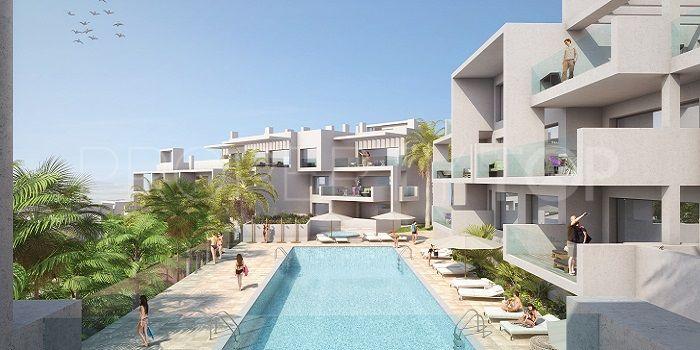 Buy apartment with 4 bedrooms in Estepona | Lucía Pou Properties