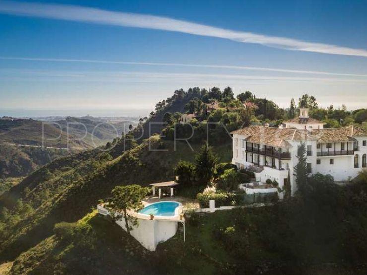 For sale villa in Benahavis   Lucía Pou Properties