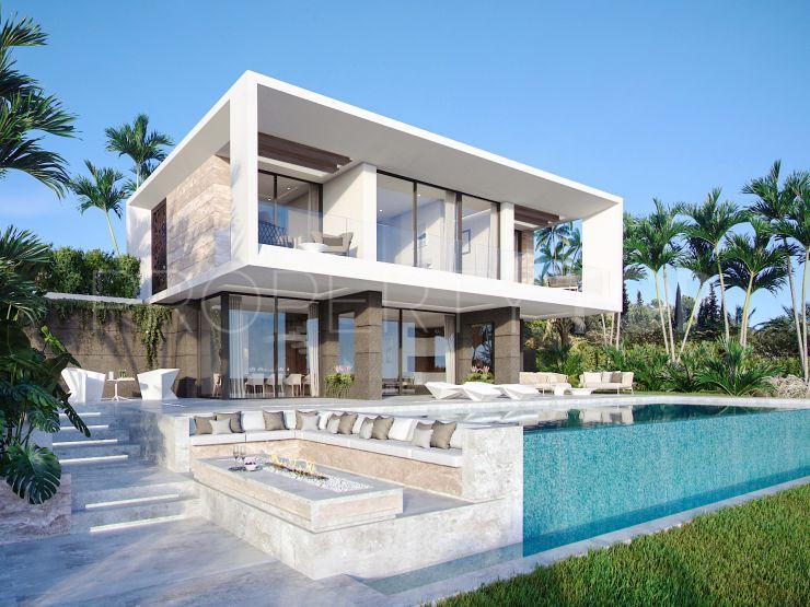 For sale Estepona villa | Lucía Pou Properties