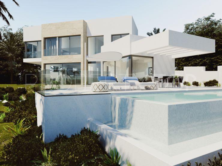 For sale New Golden Mile villa with 4 bedrooms   Lucía Pou Properties