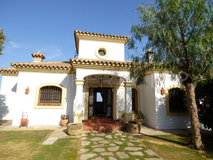Buy Alcaidesa villa with 4 bedrooms | Alcaidesa Property