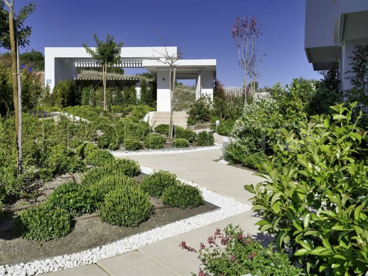 For sale town house in Estepona with 3 bedrooms | Cloud Nine Prestige