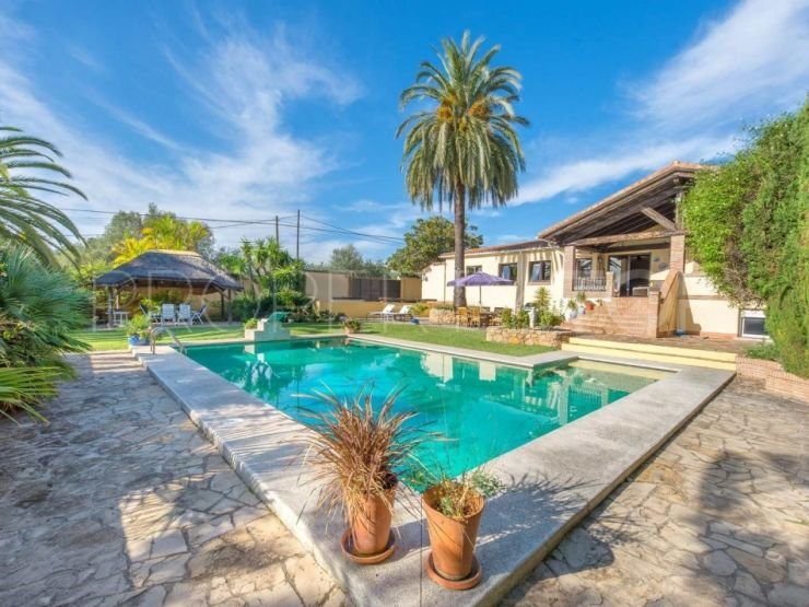 Bungalow For Sale In Ricmar With 5 Bedrooms Berkshire Hathaway Homeservices Marbella