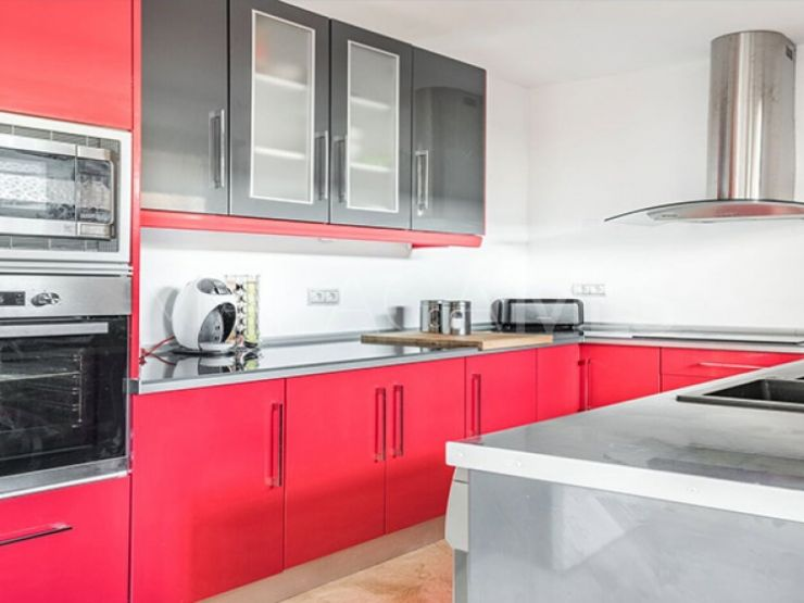 Buy town house with 3 bedrooms in Benahavis | Winkworth