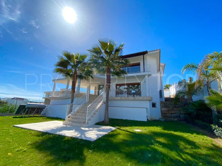 For sale villa in Los Flamingos with 5 bedrooms | InvestHome